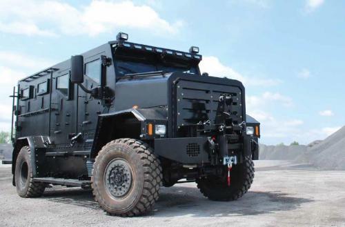 la ville de qu bec s ach te un camion tactique blind c o b p. Black Bedroom Furniture Sets. Home Design Ideas